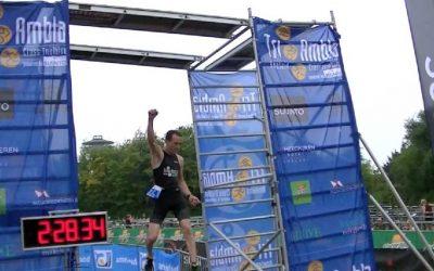 Dekker en Van Vliet snelste in zware Tri-Ambla